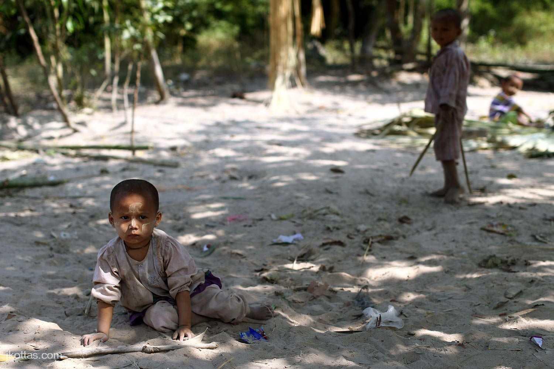 burmese-village-03