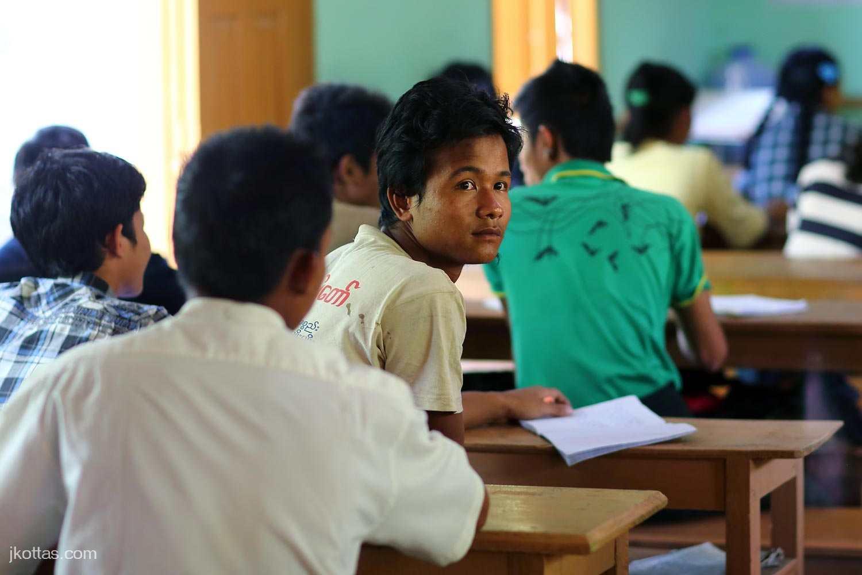 burmese-village-16