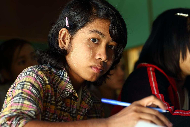 burmese-village-17