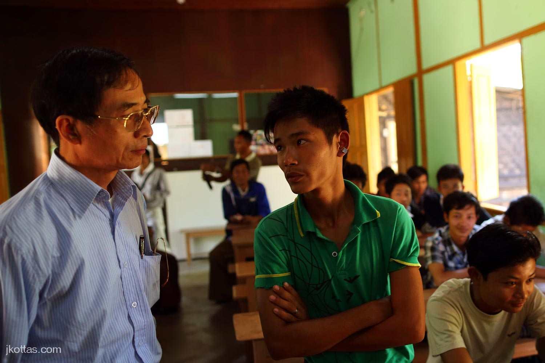 burmese-village-19