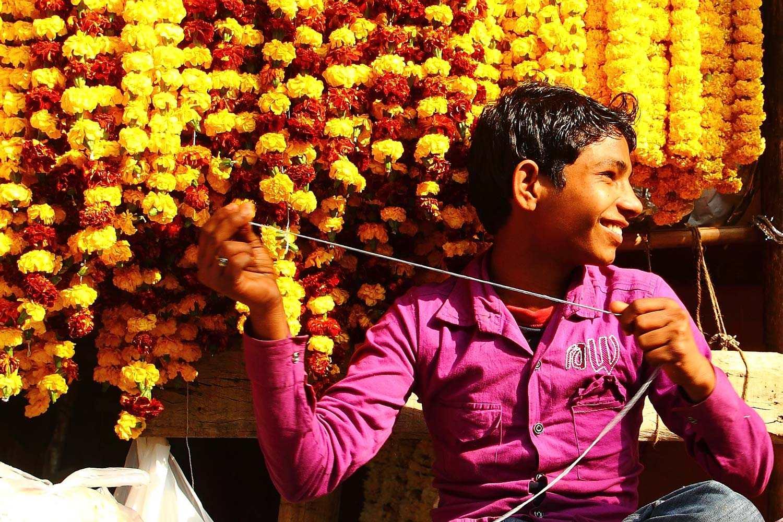 Flower market and qutab minar