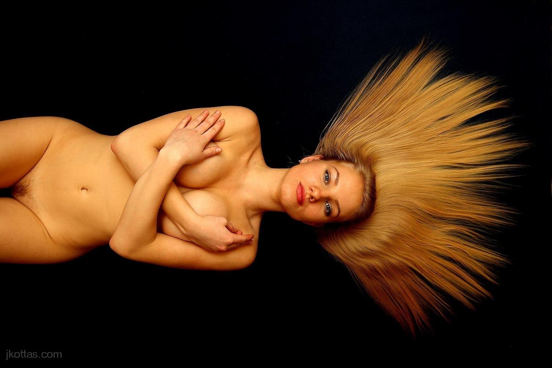 nude-26
