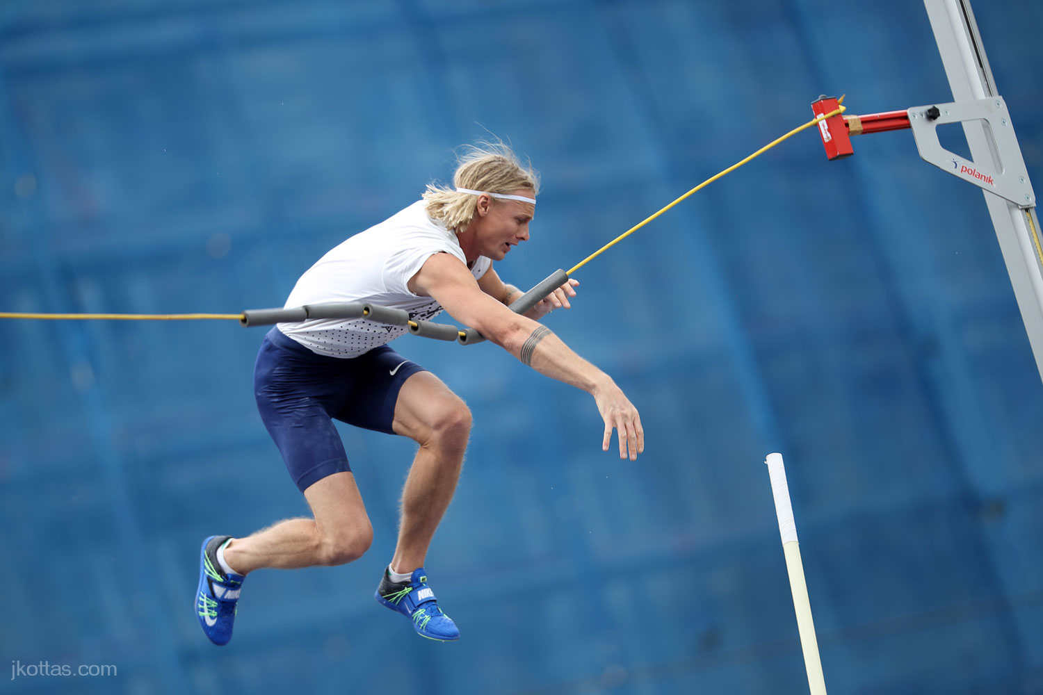 pole-vault-of-prague-24