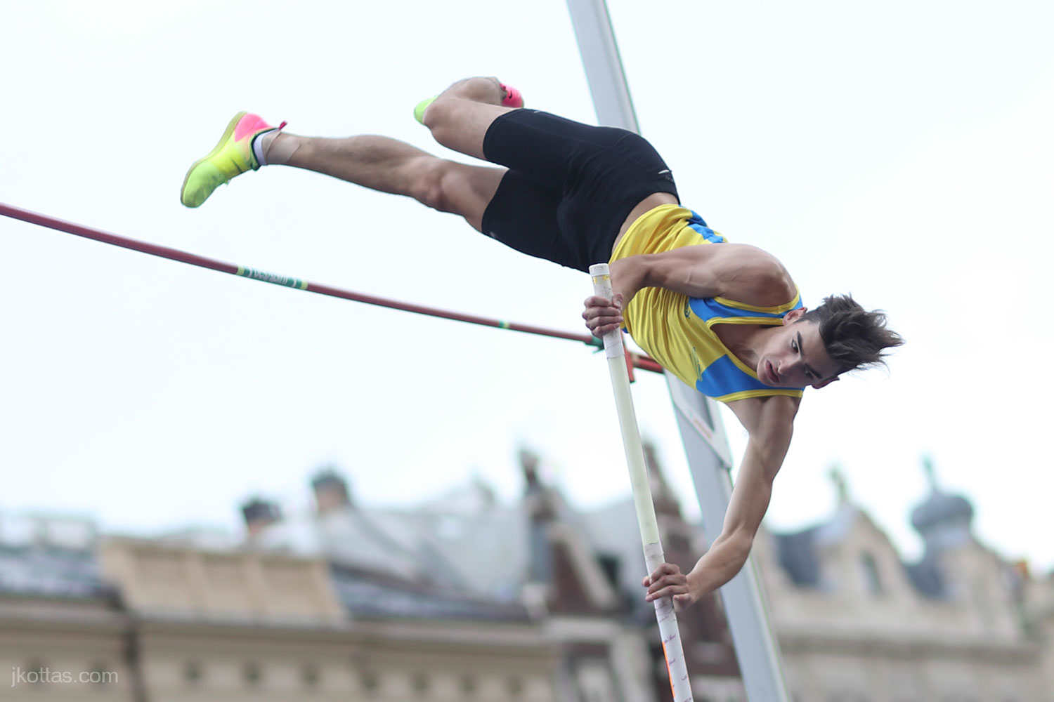 pole-vault-of-prague-32